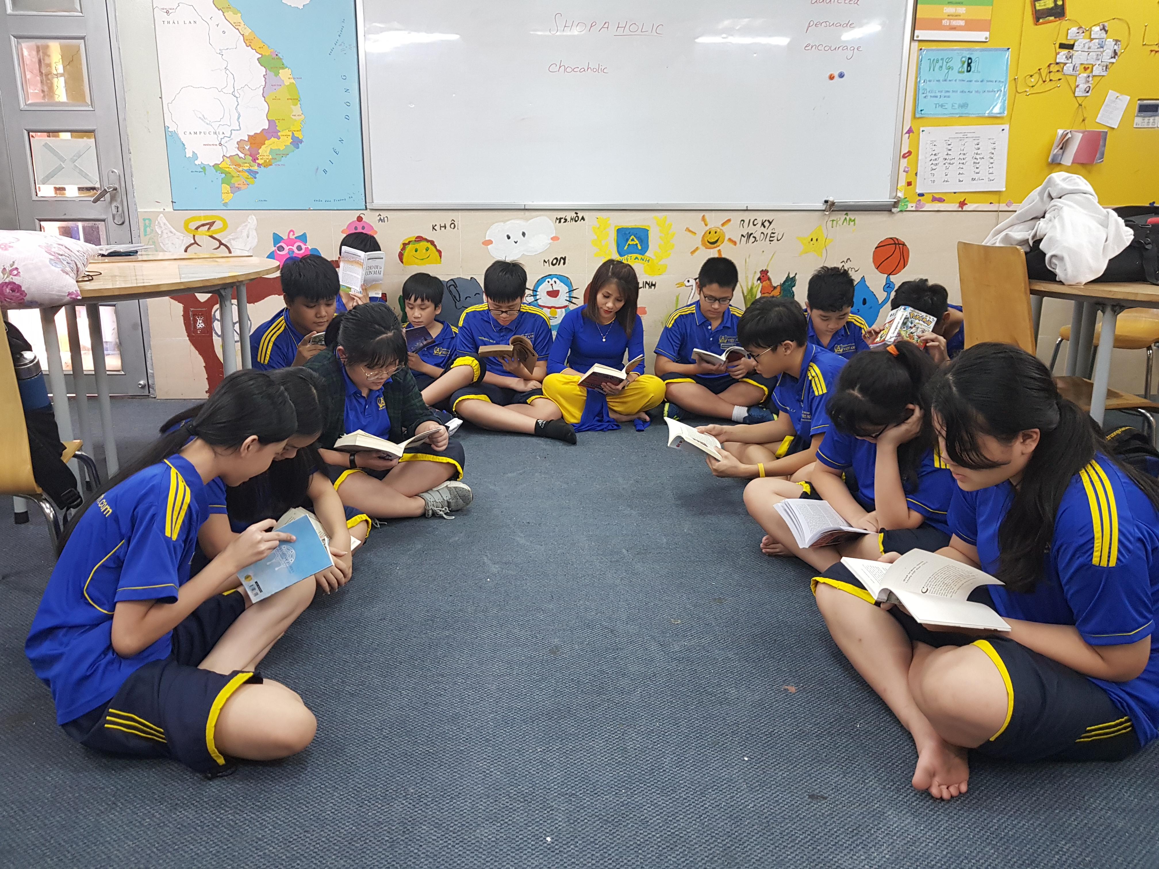 Đọc sách cùng nhau