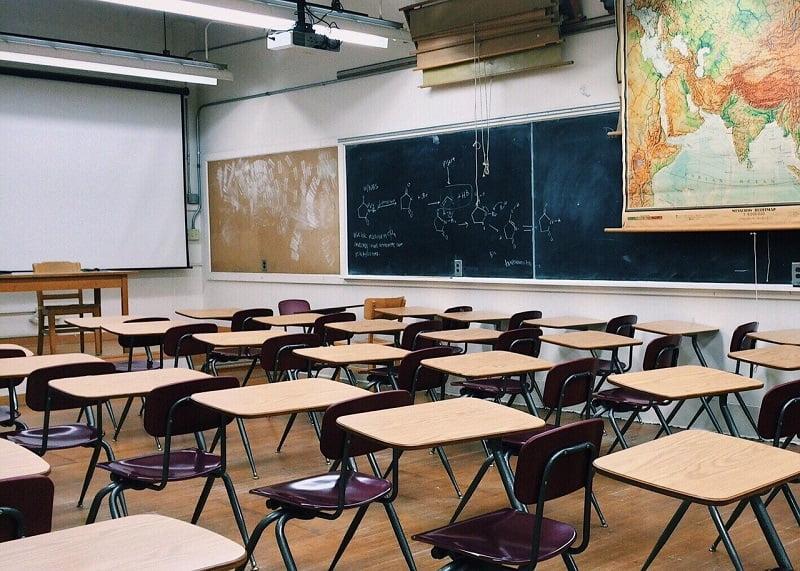 Thấu hiểu nỗi trăn trở về việc cho con học trường trung học nội trú nào ở Sài Gòn chất lượng, sau đây là top các trường ở Sài Gòn để phụ huynh tham khảo.